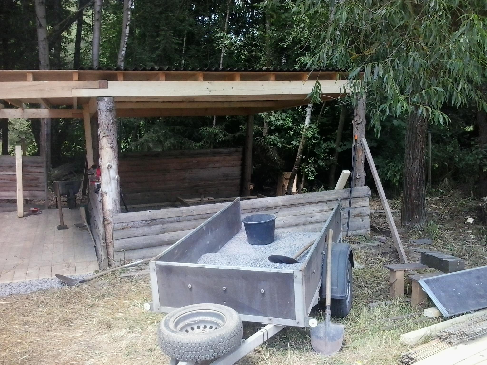 Táborová kuchyně (střecha bitumen, konstrukce a podlaha dřevěná)